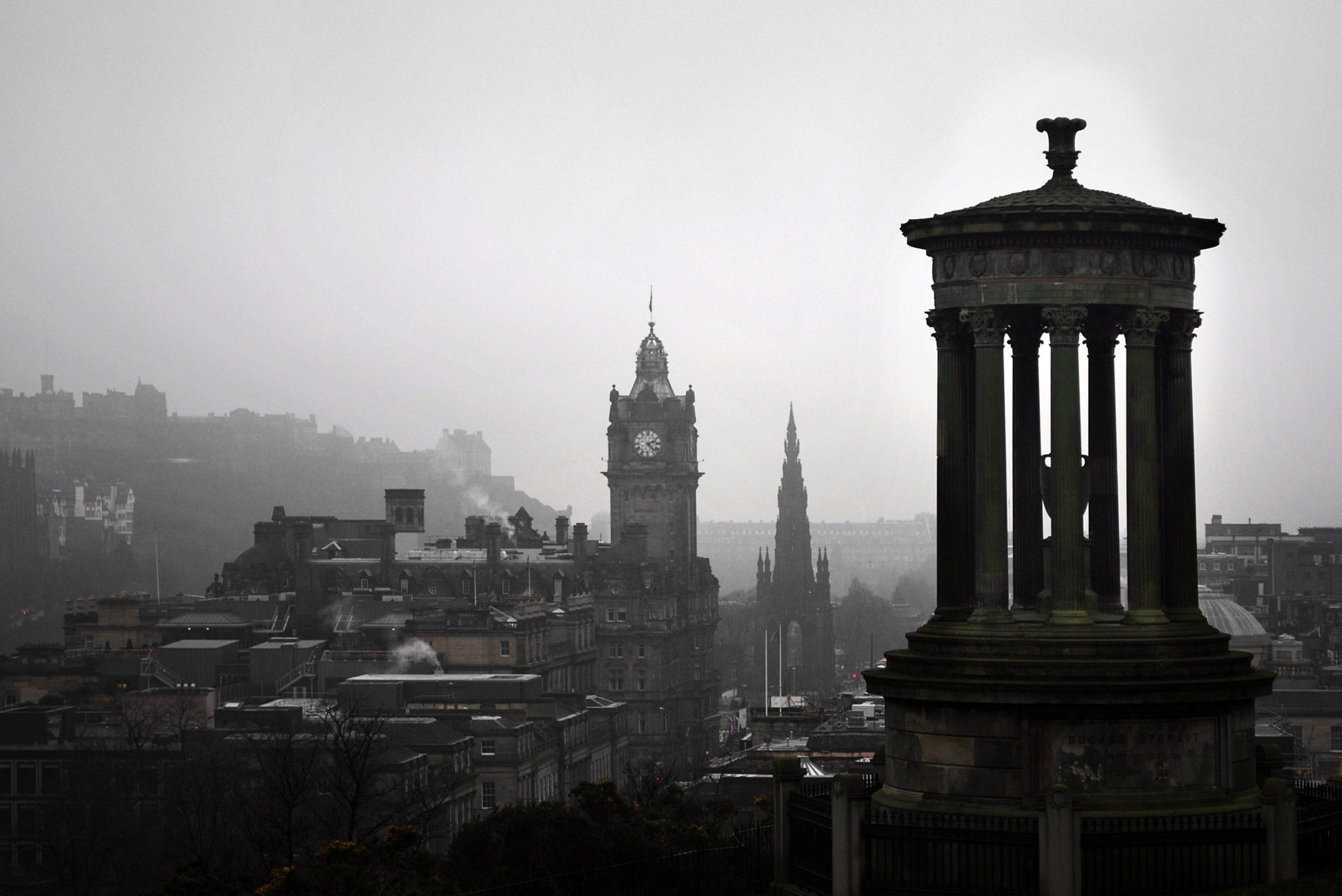 Calton Hill, Edinburgh (image courtesy of Pixabay)